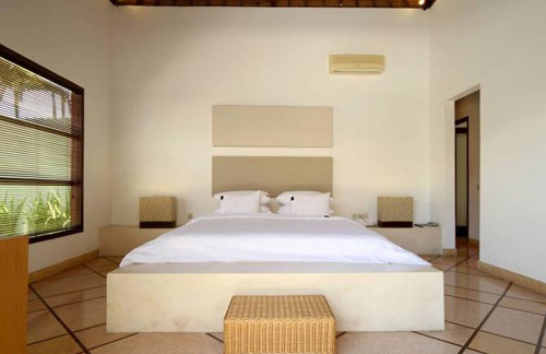 BVilla Pool Bedroom