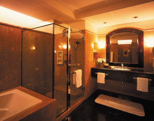 Four Seasons, Jakarta - Bathroom