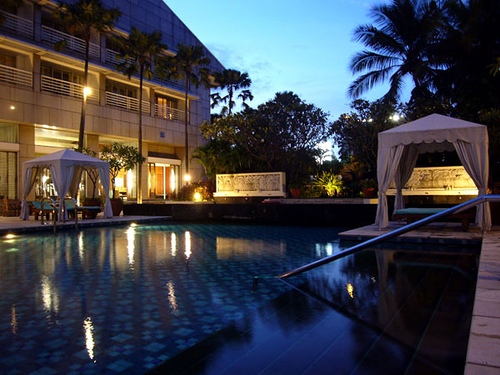 Four Seasons, Jakarta - Pool at Night