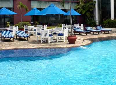 Imperial Aryaduta Hotel - Makassar, Swimming Pool