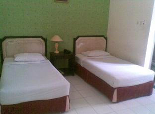 Trio Indah Hotel - Malang, Guest Room