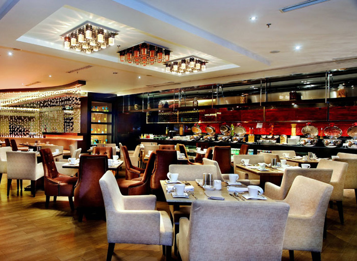 Grand Aston City Hall Hotel and Serviced Residences - Medan, Spoon Dining