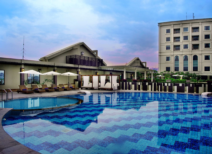 Grand Aston City Hall Hotel and Serviced Residences - Medan, Swimming Pool