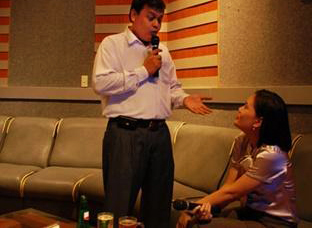 Best Wastern Asean International Hotel - Medan, Raibow Karaoke