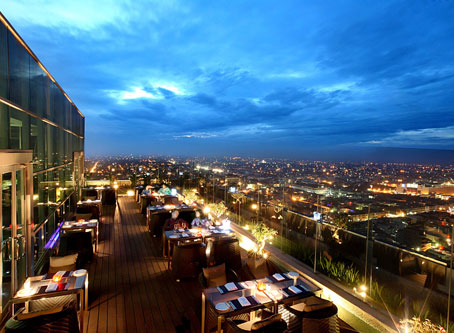 Grand Swiss-Belhotel - Medan, The Edge Top Floor Restaurant