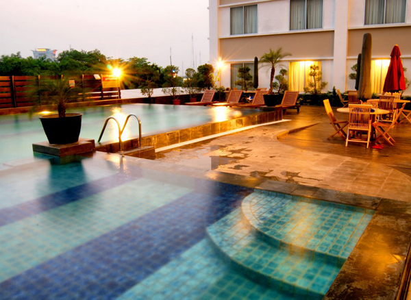 Arista (Ex. Horison) Hotel - Palembang, Swimming Pool