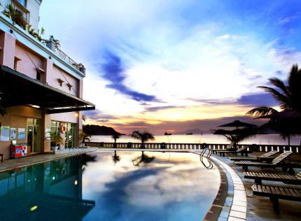 Swiss Belhotel - Papua, Swimming Pool