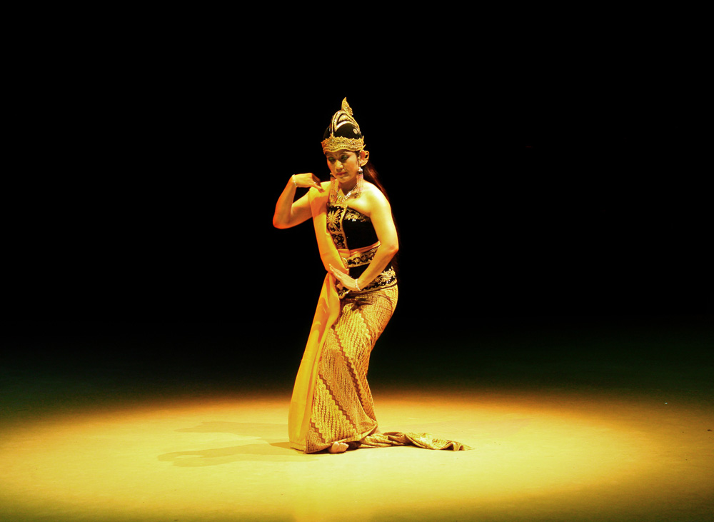 The Ramayana Ballet, solo-yogyakarta tour package featuring sunrise borobudur