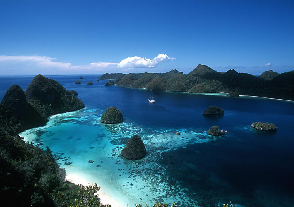 Karimunjawa Weekend Package