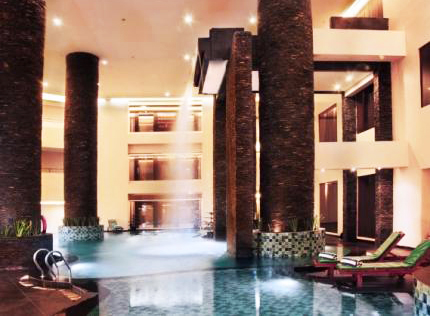 Aston Hotel - Samarinda, Swimming Pool