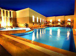 Swiss-Behotel Borneo - Samarinda, Swimming Pool